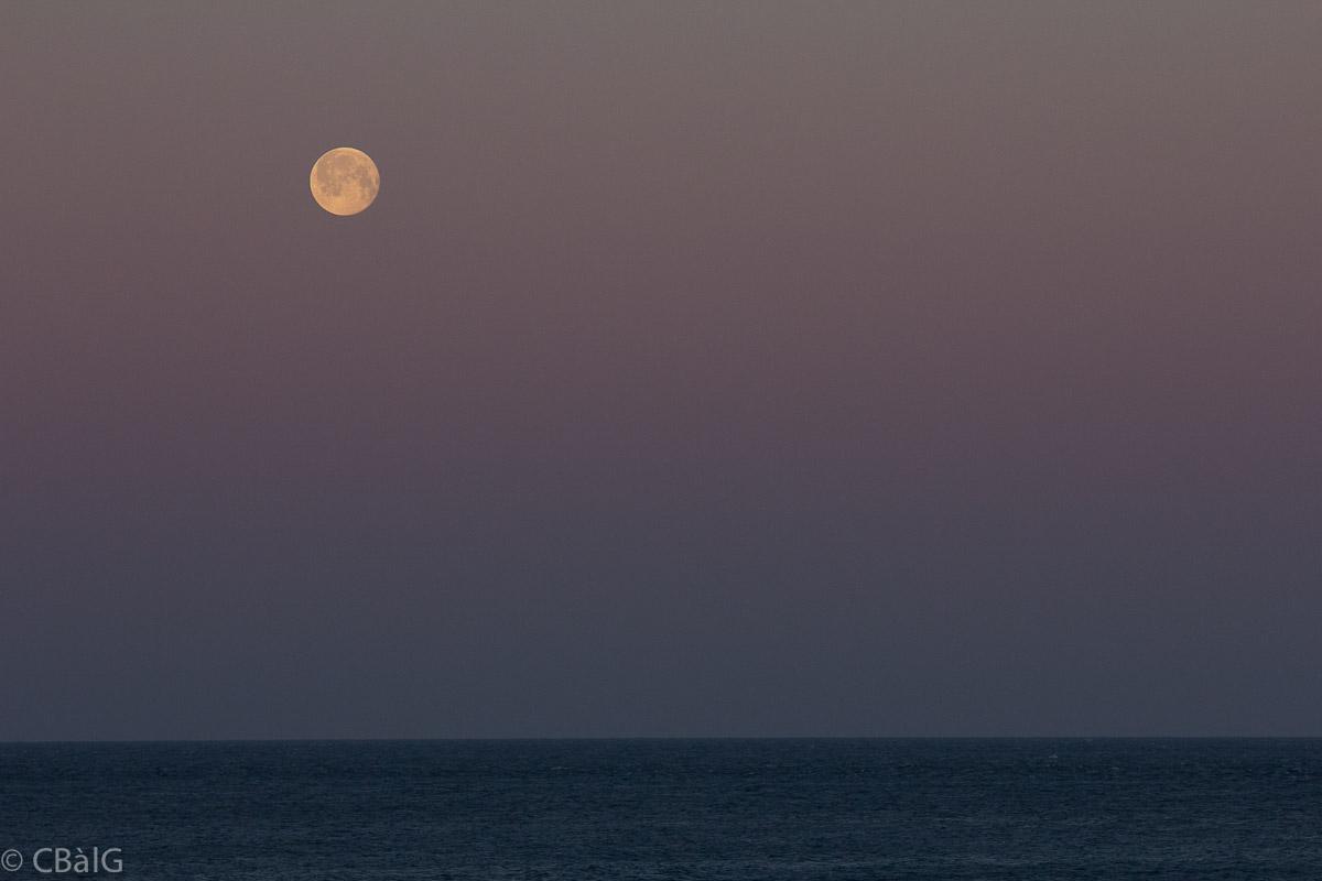 Pleine lune photographies cb lg for Fenetre 50x75